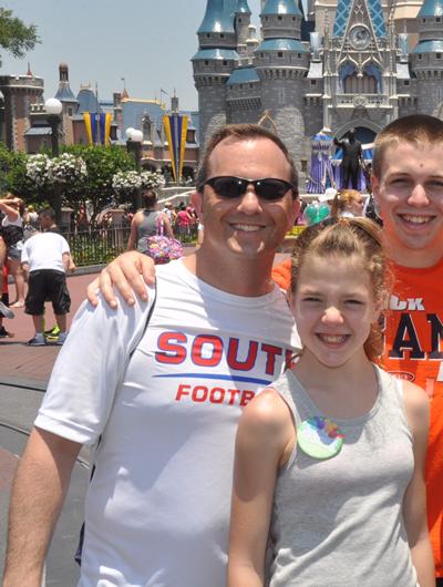 DisneyFam2014-400